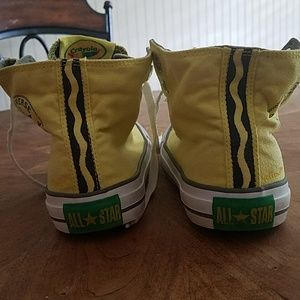 Lightly used limited edition Crayola Converse